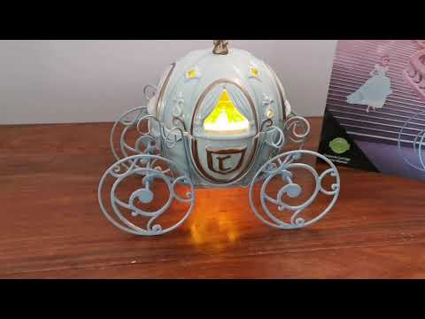 Scentsy Cinderella Carriage Wax Warmer (Disney Collectables 2020)